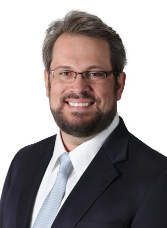 Nicholas-Komas,-MD-Orthopedic-Surgeon